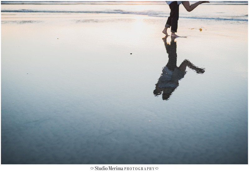 del mar beach engagement, couples photos del mar, san diego beach engagement, san diego wedding photographer, mirror water reflections