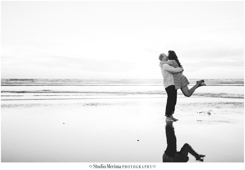 del mar beach engagement, couples photos del mar, san diego beach engagement, san diego wedding photographer, beach water reflections