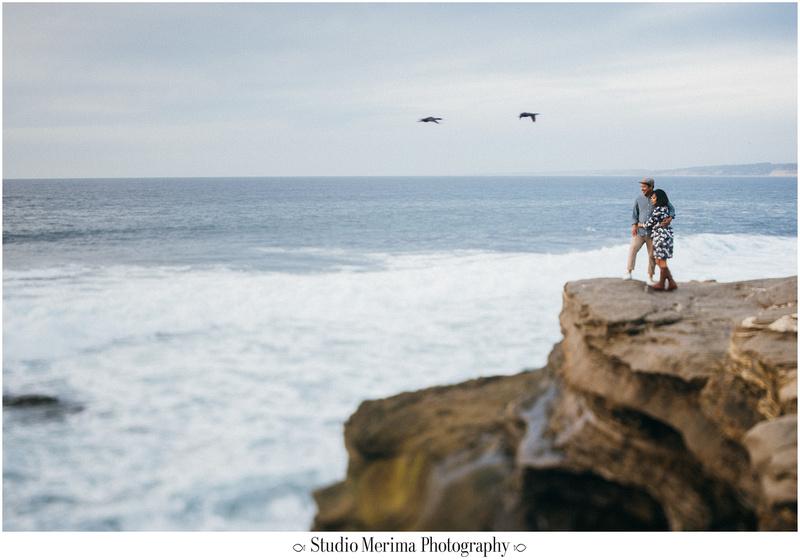 la jolla cove engagement, san diego engagement, la jolla cove cliffs portrait,
