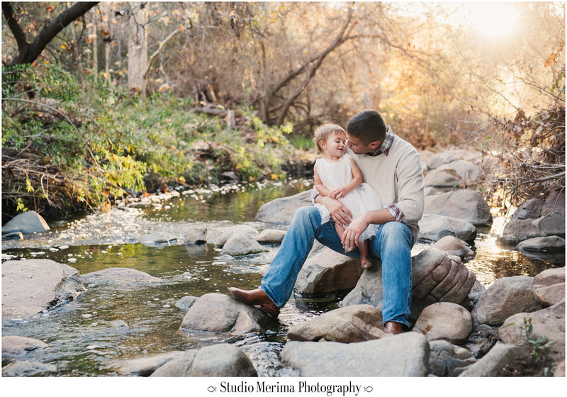 elfin forest family photography, san diego river, san diego family photographer, escondido creek family, golden hour family photography, sweet dad and daughter moments
