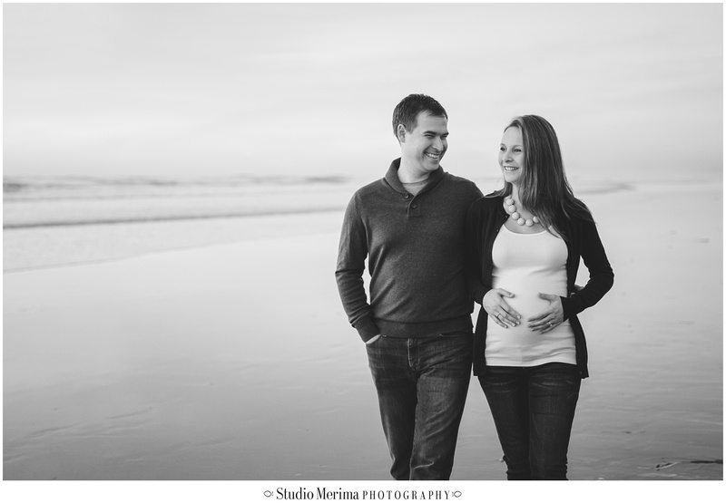 san diego maternity photography, lifestyle couples photography, encinitas maternity photography, lifestyle encinitas photographer, stonesteps beach, sunset maternity, beach couples photography